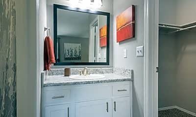Bathroom, Duraleigh Woods, 2