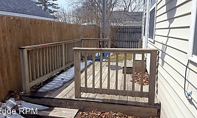 Patio / Deck, 204 4th St SE, 2