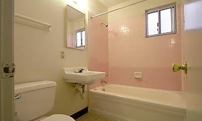Bathroom, Baltimore-Cleveland Gardens, 2