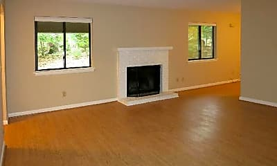 Living Room, 913 Shady Lawn Rd Ext A, 1