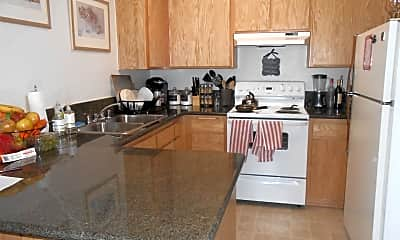 Kitchen, 1019 W 5th St, 1