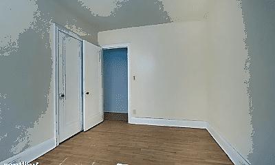 Bathroom, 908 Ashland Ave, 2