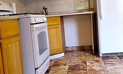 Kitchen, 1421 30 Drive, 0
