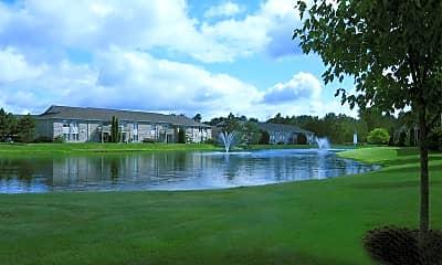 Beacon Lake Apartments, 2