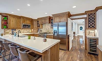Kitchen, 633 W Main St, 2