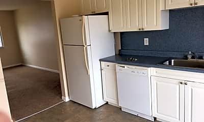 Kitchen, 515 E St Clair St, 1
