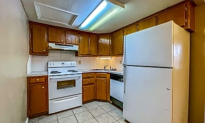 Kitchen, 301 W Davis Ave, 2