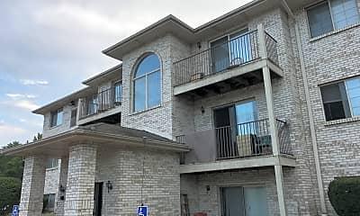 Maple Leaf Apartments, 0