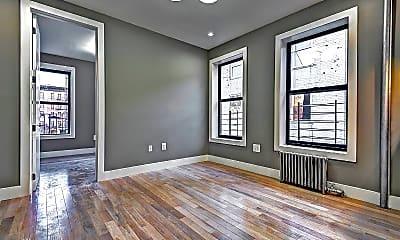 Living Room, 4308 Broadway, 1