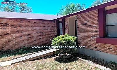 Building, 8422 Oak Fence St, 0