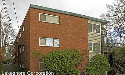 Building, 206 11th Ave E, 2