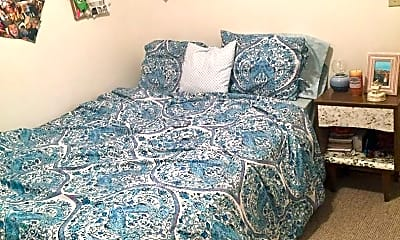 Bedroom, 456 High St, 1