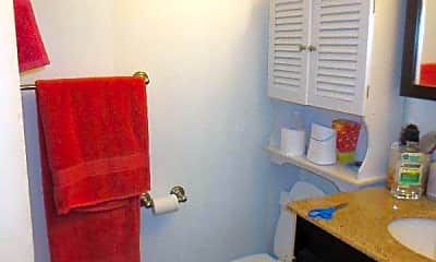 Bathroom, 73 Gainsborough St, 2