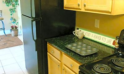 Kitchen, 831 Lowell Blvd, 1