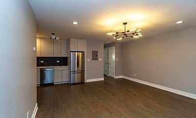 6331 N Magnolia Ave - 202, 1