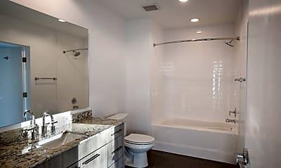 Bathroom, 2525 Richmond Ave, 1
