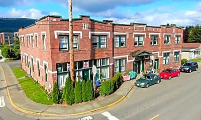 Building, 39555 SE Park St, 0