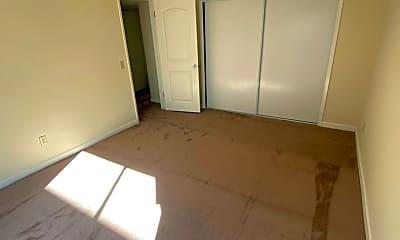 Bedroom, 529 N Adams St, 2