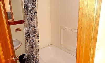 Bathroom, 5 Wendell St, 1