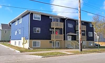 Building, 231 10th St N, 1