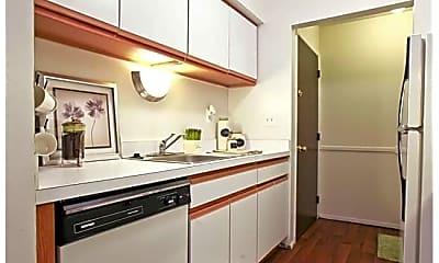 Kitchen, 24550 Sherwood Forest Dr, 1