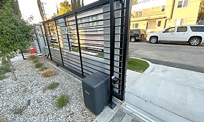 Patio / Deck, 11318 Miranda St, 2