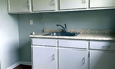 Kitchen, 7465 Whitney Dr, 1