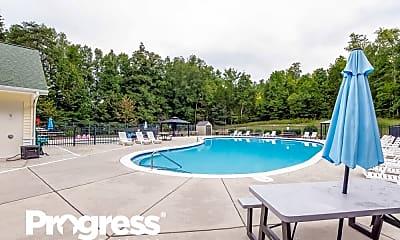 Pool, 614 Grantham Ln, 2