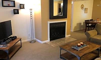Living Room, 5995 N 78th St 1035, 1