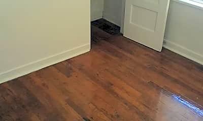 Bedroom, 585 W Brown Rd, 2