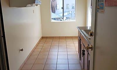 Kitchen, 2804 E 58th St, 1