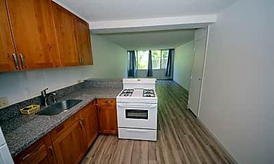 Kitchen, 755 McNeill St, 2