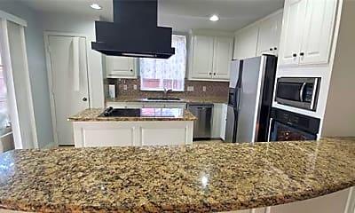 Kitchen, 6700 Creekside Ln, 0