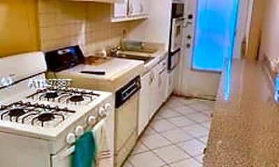 Kitchen, 20330 NE 2nd Ave 20, 1