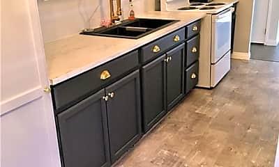 Kitchen, 730 S Royal Crest Cir 441, 1
