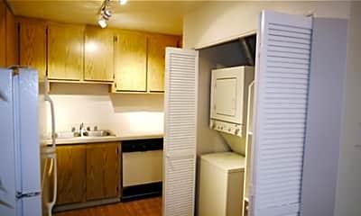 Riverstone Apartments, 2