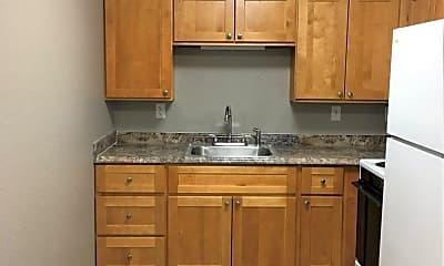 Kitchen, 530 N Edison St, 0