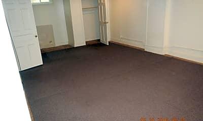 Bedroom, 125 Victoria Pl, 2