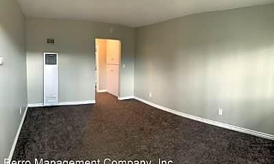 Living Room, 1550 Henderson Ave, 1