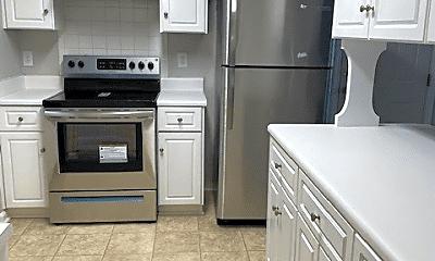 Kitchen, 2620 Spirit Creek Rd, 1