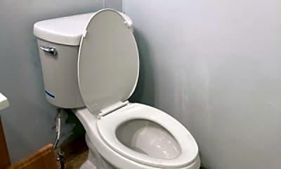 Bathroom, 147 Mercer St, 2