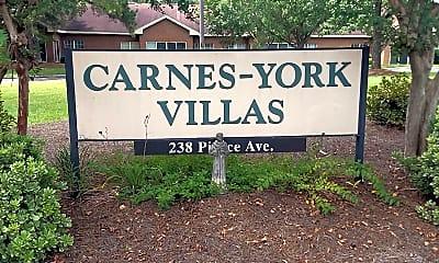 Carnes-York Villas, 1