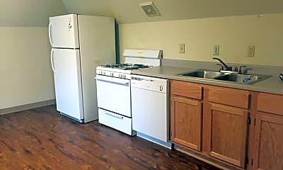 Kitchen, 445 Baird St, 1