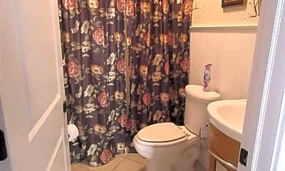 Bathroom, 23 George St, 2