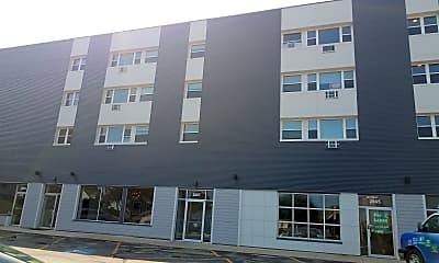 Bay Plaza Apartments, 1