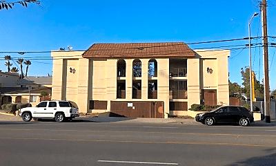 Building, 12617 Oxnard St, 0