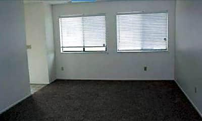 Living Room, 720 E Hills Rd, 2