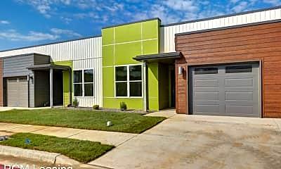 Building, 634 E Walnut Lawn St, 0