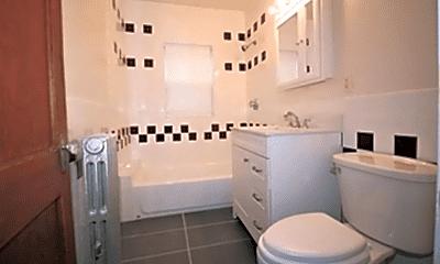 Bathroom, 40 Pleasant Hill Ave, 2