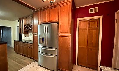 Kitchen, 2057 W Birchwood Ave, 1